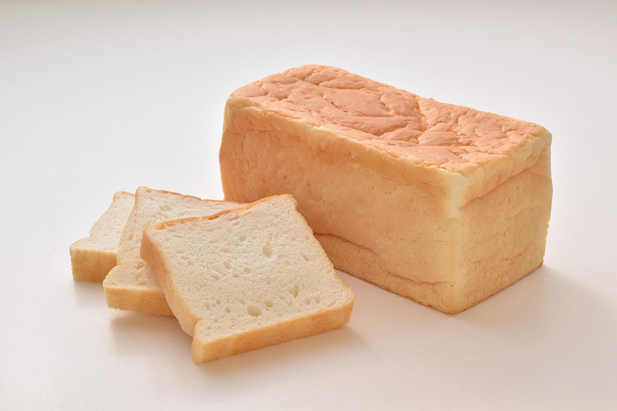 サタケが日の本穀粉と契約締結 「ふっくら米食」で 米粉パンの新市場開拓図る